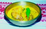 Kharisar tenga (Fermented bamboo shoot curry)